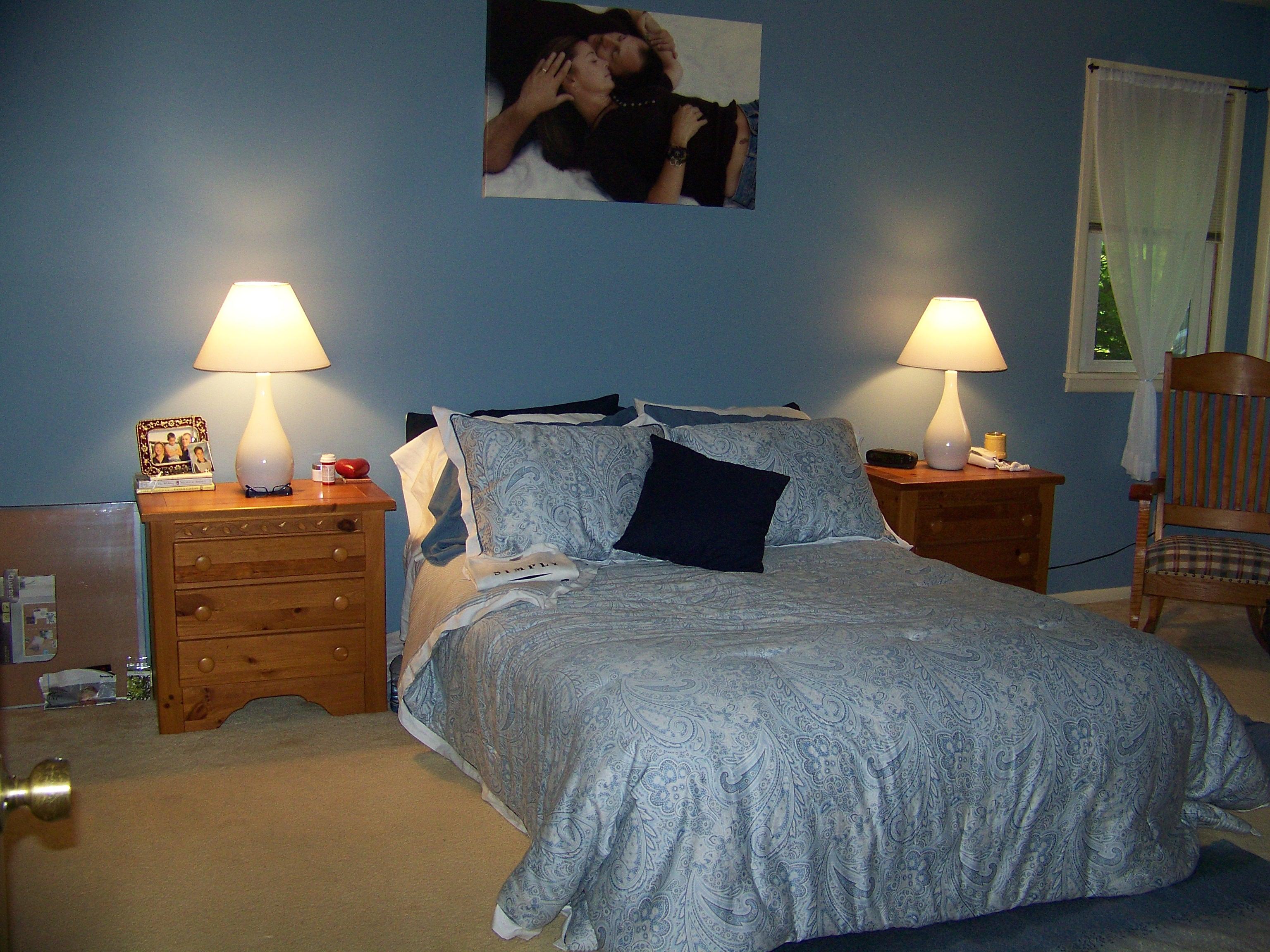 Master bedroom before re design interior decorating for Peaceful master bedroom designs